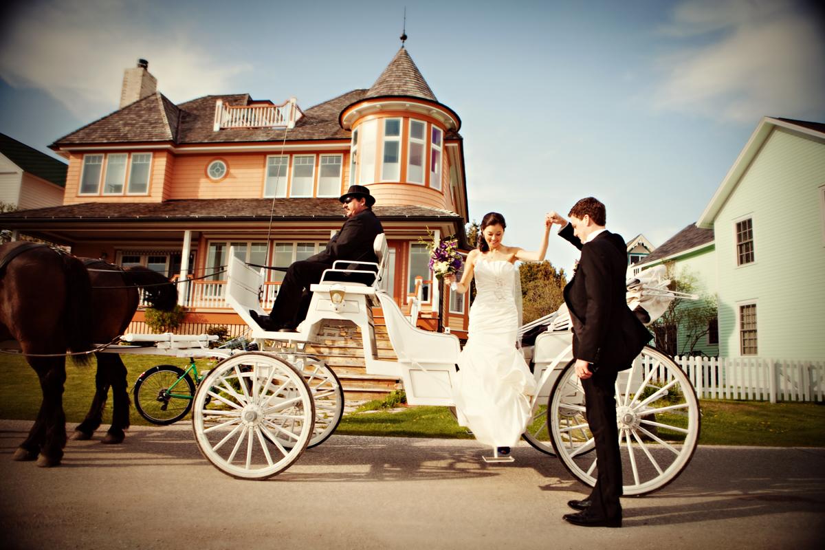 Mackinac Wedding Carriage Andrejka