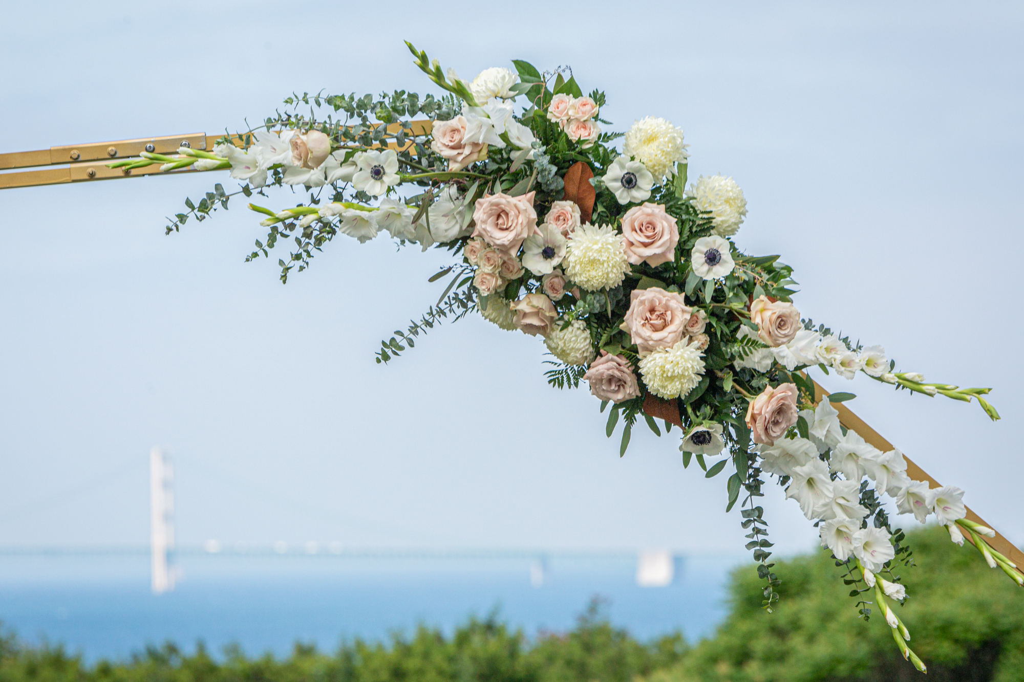 Floral Installation Northern-Michigan-Stonecliffe-Mackinac-Wedding-Andrejka